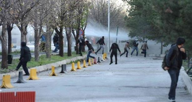 Konflikten på Dicle Universitet har bredt sig til andre universiteter i Tyrkiet
