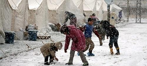 To børn dør på grund af kulden i Wan