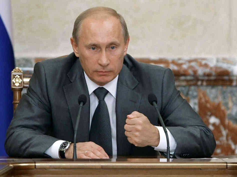 Putin advarer Tyrkiet mod en invasion af Syrien