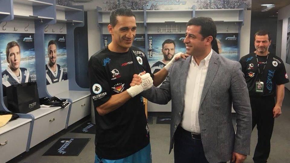 Kurdisk bokser vinder Interkontinentalt mesterskab