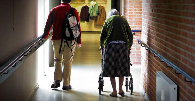 DF er med til at spare på ældre