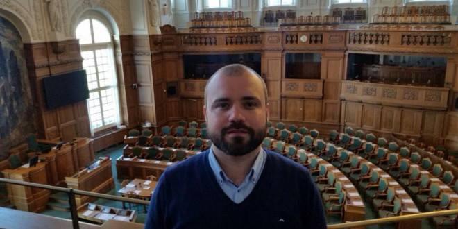 Villumsen: Danmark bør anerkende kurdisk valgresultat