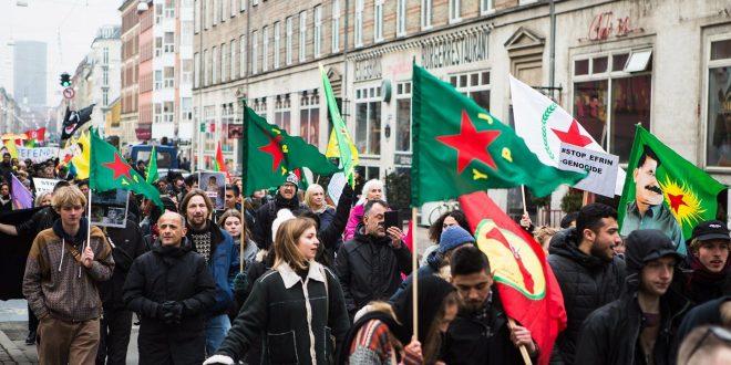 Se billeder fra dagens demonstration