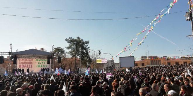 Befolkningen i Amed støtter Abdullah Öcalan og Leyla Guven