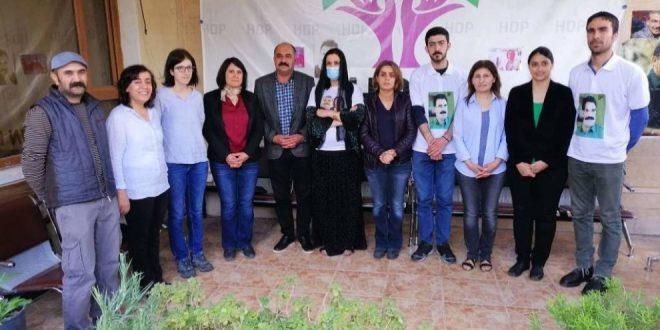 DTK, HDP og TJA besøger Nasir Yagiz