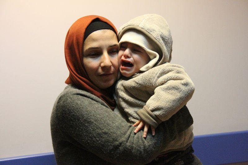 Kræftramt dreng fra Rojava får endelig behandling