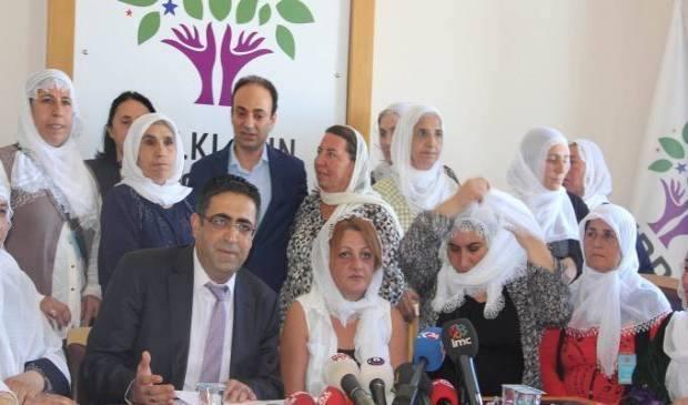Freds- og soldatermødre i fælles front for fred
