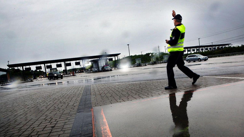 Syrisk flygtning anholdt: Ville smugle materiale til sprængstoffer ind i Danmark
