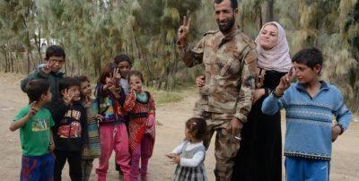 YPG frivillig vender hjem og redder sin familie efter tre år