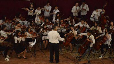 Rojava-orkester fejrer sit tredje jubilæum